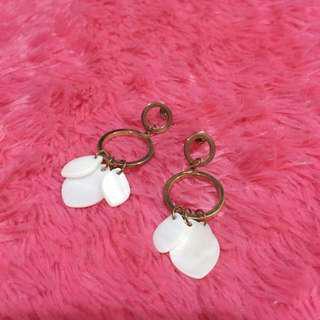 White Glam (Earrings)