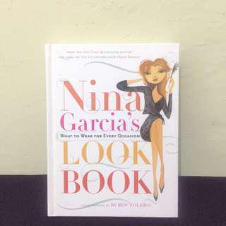 What To Wear For Every Occasion Look Book - Nina Garcia (English)
