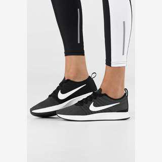 Nike runners women's 10