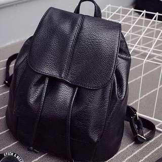 🔥🆕黑色皮背包 Backpack 韓版皮背包 書包 細袋 清貨 現貨