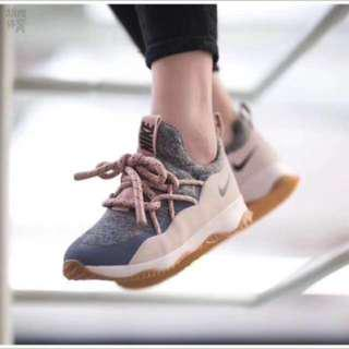 🚚 Nike 36.5號運動休閒鞋
