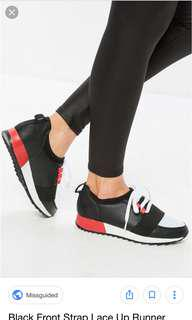 front strap runner sneakers