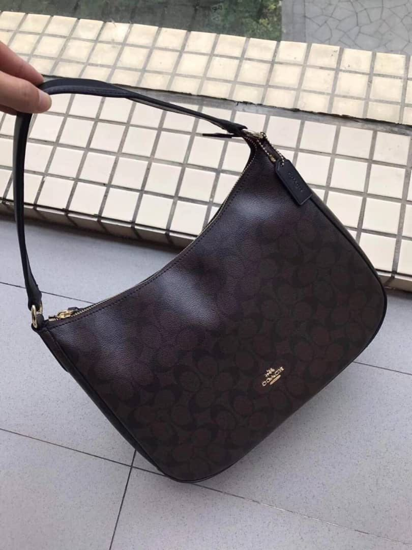 f061a314caf0a AUTHENTIC COACH ZIP SHOULDER BAG IN SIGNATURE CANVAS, Women's Fashion, Bags  & Wallets on Carousell