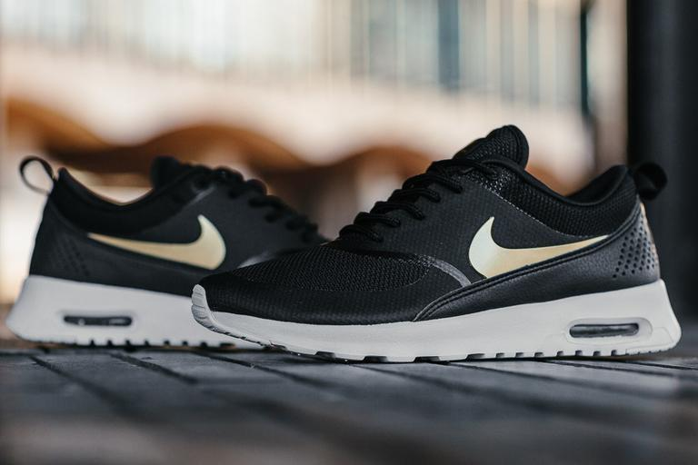 💯💯💯Authentic JD Black Gold Nike Air Max