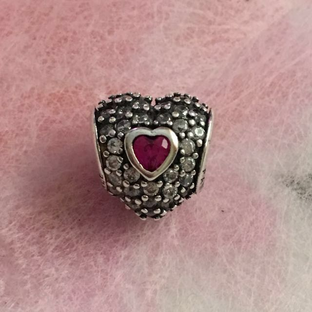 926790bf3 Authentic Pandora In My Heart Charm, Women's Fashion, Jewelry on ...