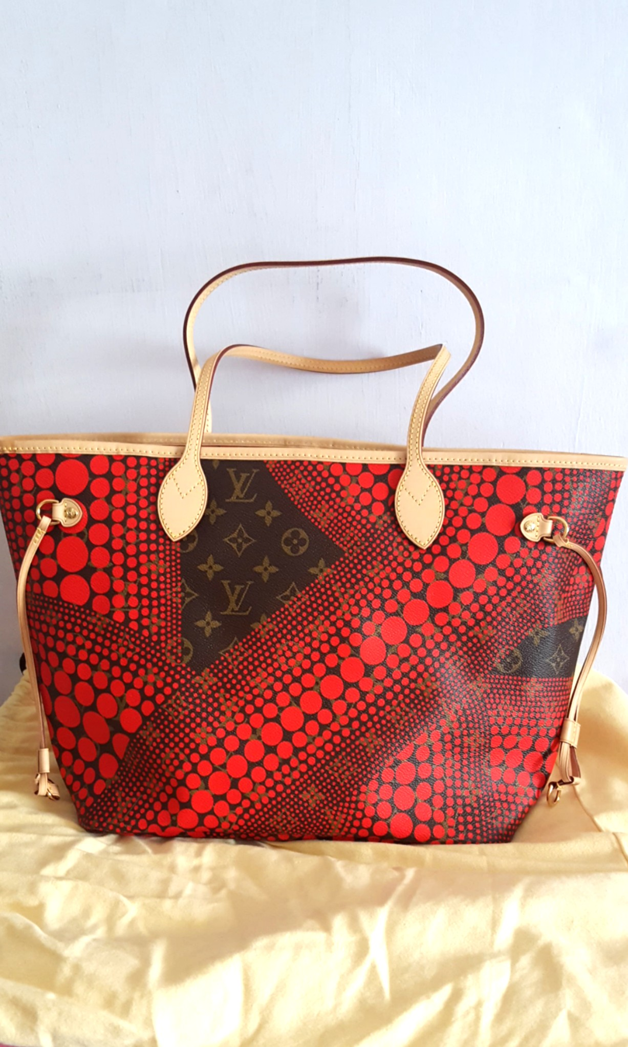 f9167eff2445 Brand New Authentic LV Neverfull MM Yayoi Kusama Limited Collection ...