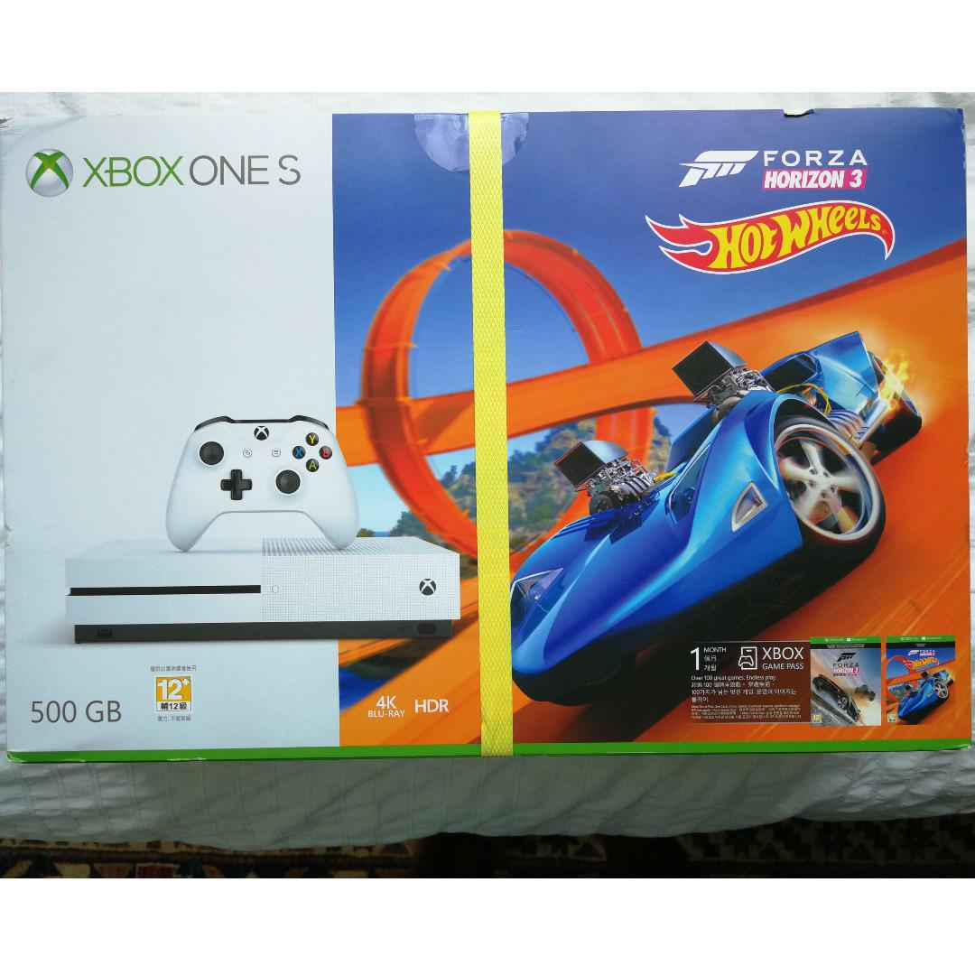 Brand New XBOX One S with Forza Horizon 3 and Hotwheels