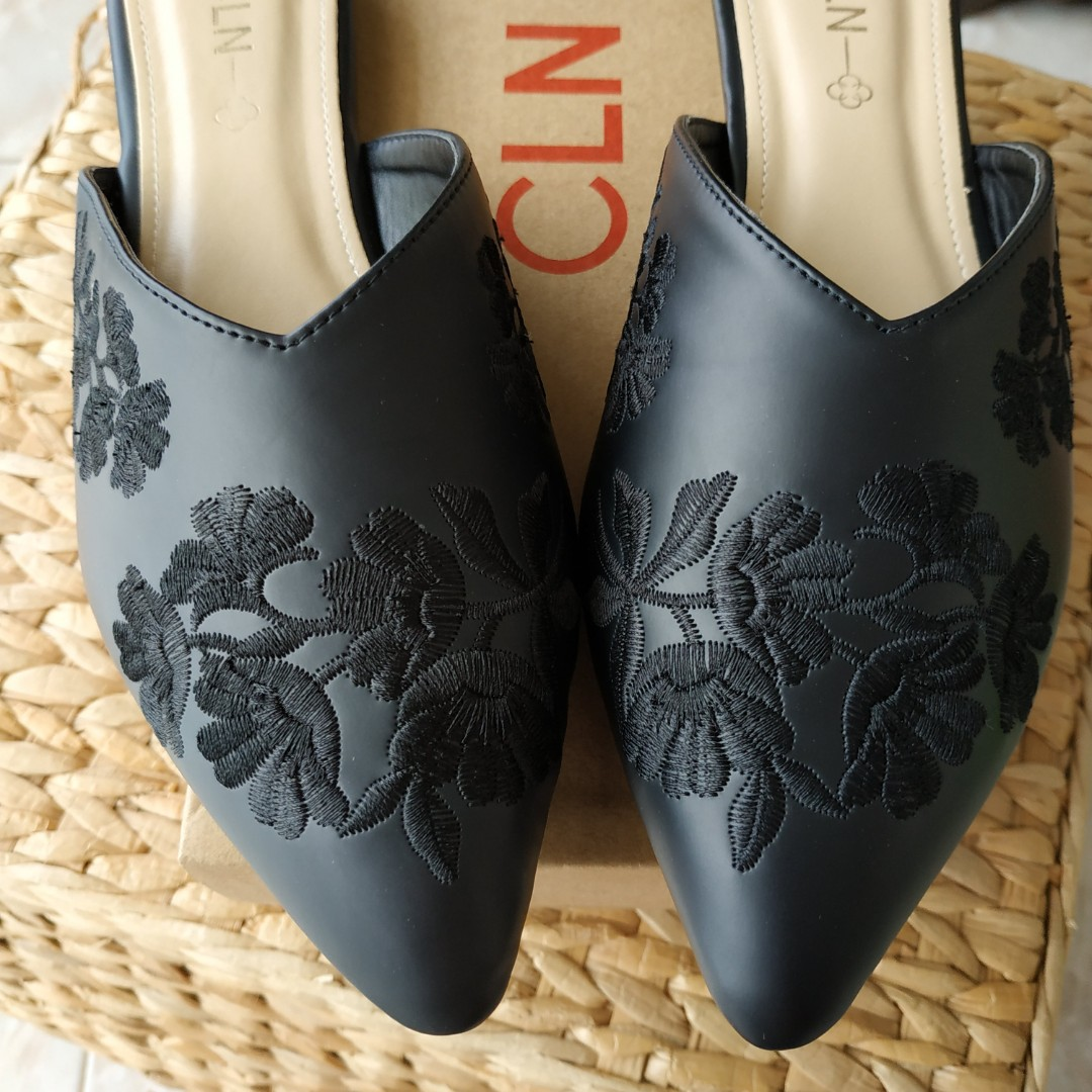 eb0d228f269ff CLN Black Leather Flats with detailed Embroidery