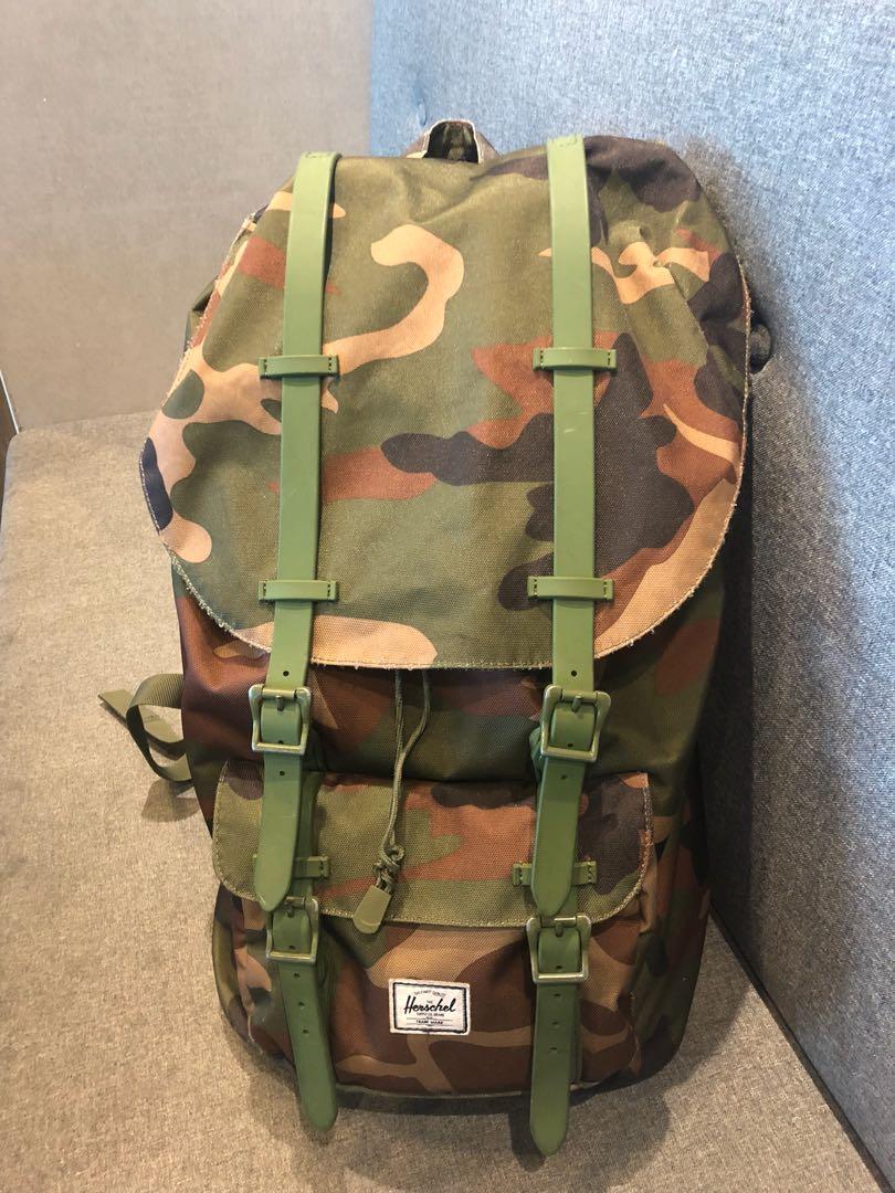 dc2504b6e5 Herschel Backpack Camo