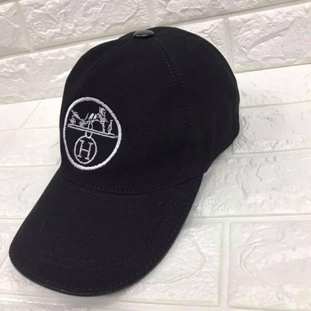 2569dbe4611 Sale! Brandnew Authentic Hermes Cap