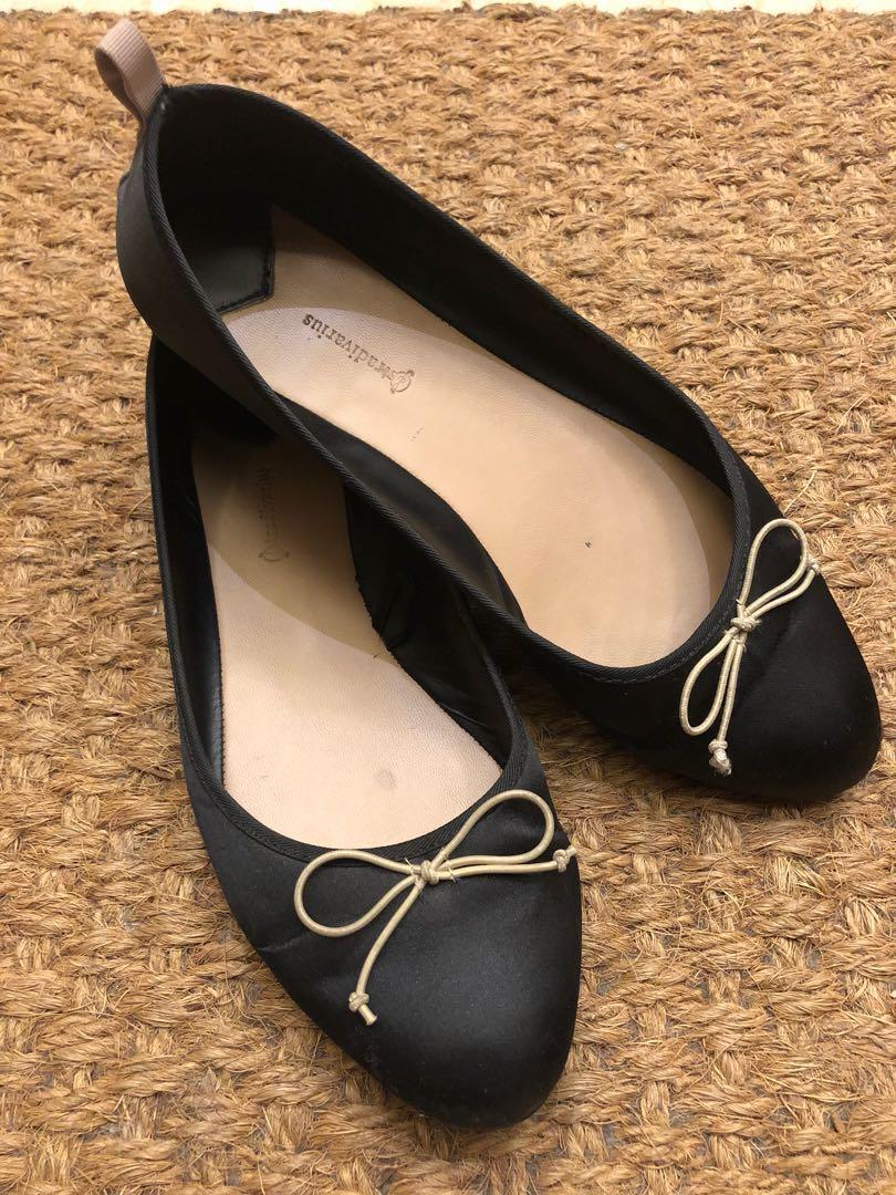 Stradivarius Flat Shoes cd3258b5b6