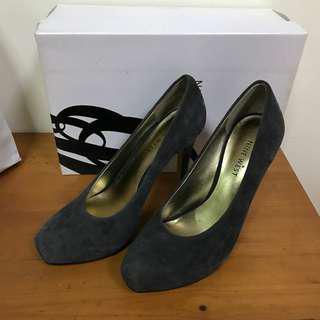 Nine West Medium Gray Heels