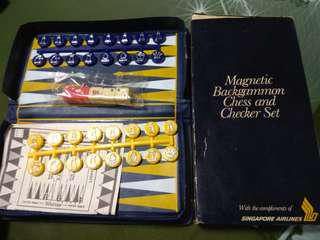 SIA SINGAPORE AIRLINES Magnetic Backgammon Chess and Checker Set