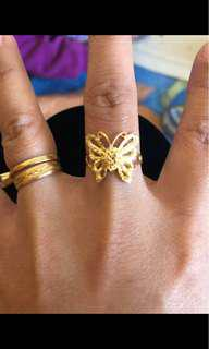 18ct gold butterfly ring
