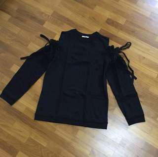 Authentic Zara black sweatshirt with cold shoulder