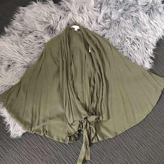 🔸 Forever New Khaki Cape Blouse size 4