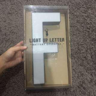 TYPO Light Letter 'F' (Use batteries only)