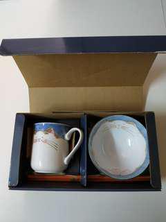 日本製造,貓貓杯碗套裝連雙筷子禮盒,100%New