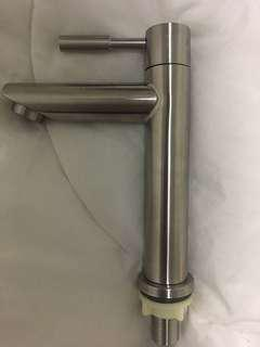 Basin Tap 304 white steel
