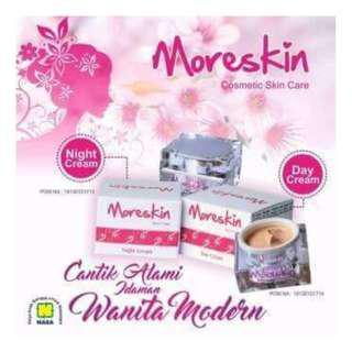 Moreskin cream siang & malam