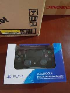 New DS4 V1 Jet Black