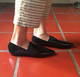 Flatshoes edisi kebesaran salah ukuran baru beli belum pernah dipakai