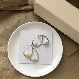 🚚 簡約珍珠耳環