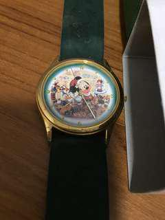 BNIB! Limited Edition Tokyo Disneyland Mickey Mouse Merry Christmas Watch (Only 6000 ever released)