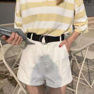 Fashion white shorts with belt
