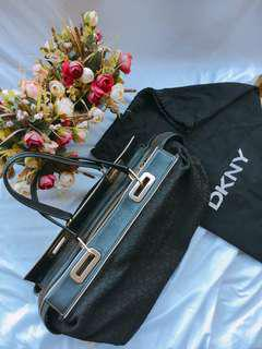 Original DKNY SHOULDER BAG
