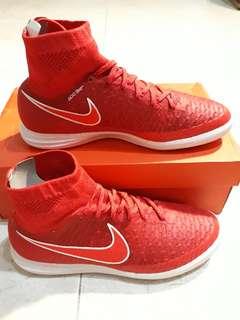 7bdc13663ff9 Nike magistaX proximo IC indoors