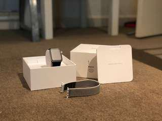 Apple Watch - Series 3 - 42mm Space Grey Aluminum GPS + Cellular