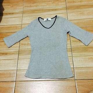 Gap stretchable 3/4 shirt (Small)