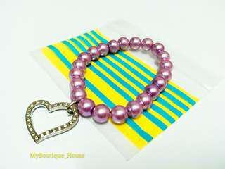 Elastic Pearl Bracelet With Heart Shape Charm Pendant