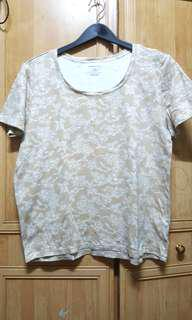 """White Stag TShirt Floral Nude Pit 21"""""""