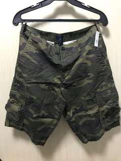 Bnew Authentic Gap khaki shorts