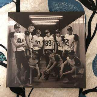 EXO Love Me Right (Korean ver)
