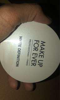 Compact powder make up for ever 90%