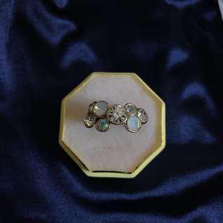 🚚 不規則設計水鑽戒指💍
