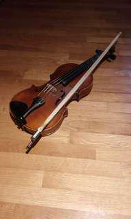 Violin (size 3/4) with case