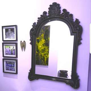 Victorian-Style Modern Mirror