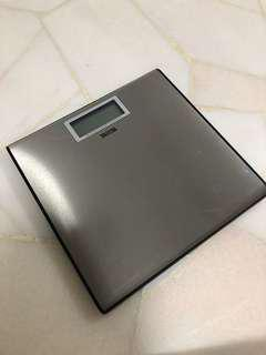 🚚 Tanita weighting scale