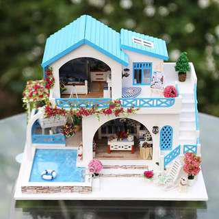 DIY Blue and white town