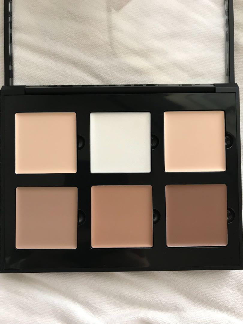Anastasia Beverly Hills - Cream Contour Palette in Light