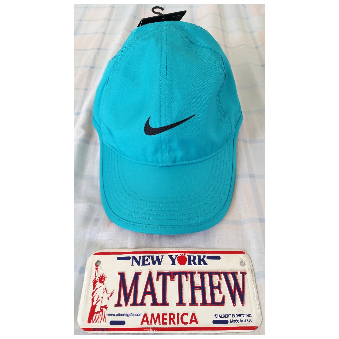 6fc34574f64 Brand New! AUTHENTIC NIKE FEATHER LIGHT DRI-FIT CAP with tag from ...