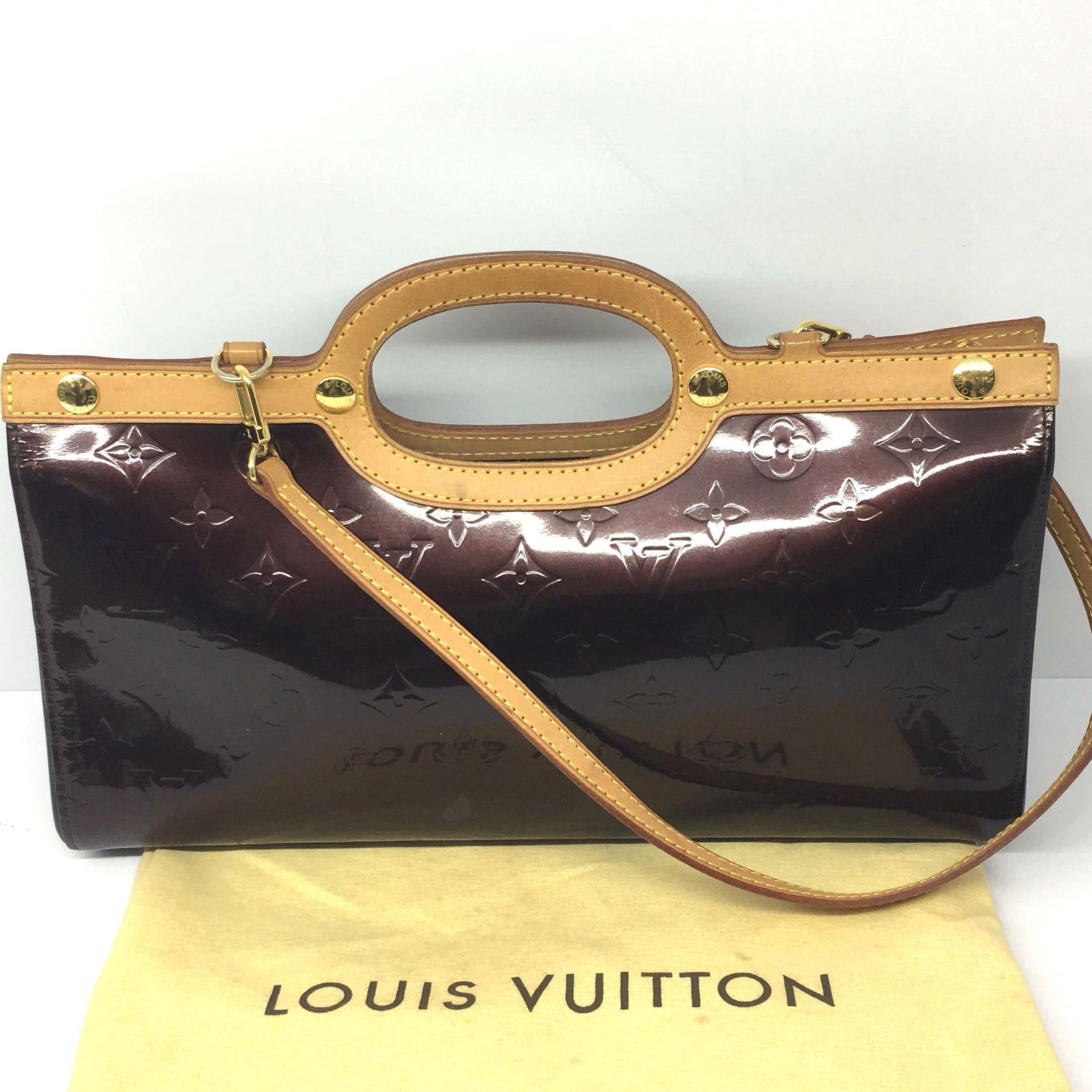 2ffe0626b8b Discount sale !!)Louis Vuitton Vernis Roxbury Drive
