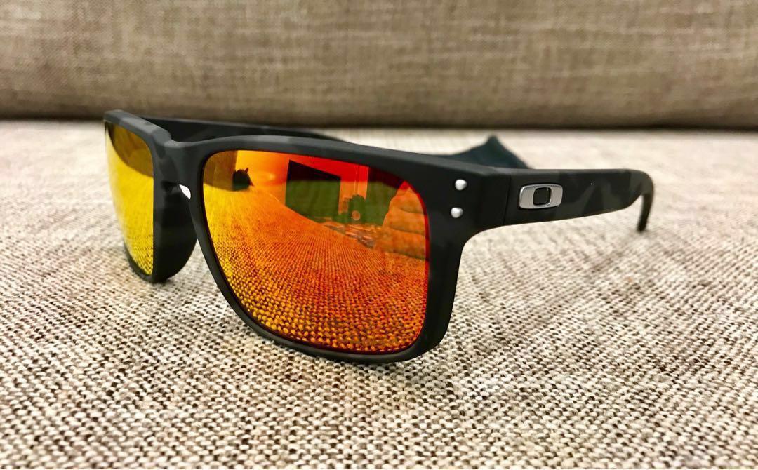 2d9c0a1267 Oakley™ HOLBROOK (Black Camo Prizm Ruby)