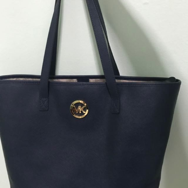 5d082580e940 Price reduced* Michael Kors Navy Tote (Authentic), Luxury, Bags ...