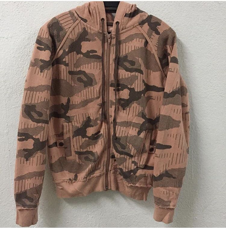 d9f1809f Stussy Camo Hoodie Sweatshirt, Men's Fashion, Clothes, Tops on Carousell