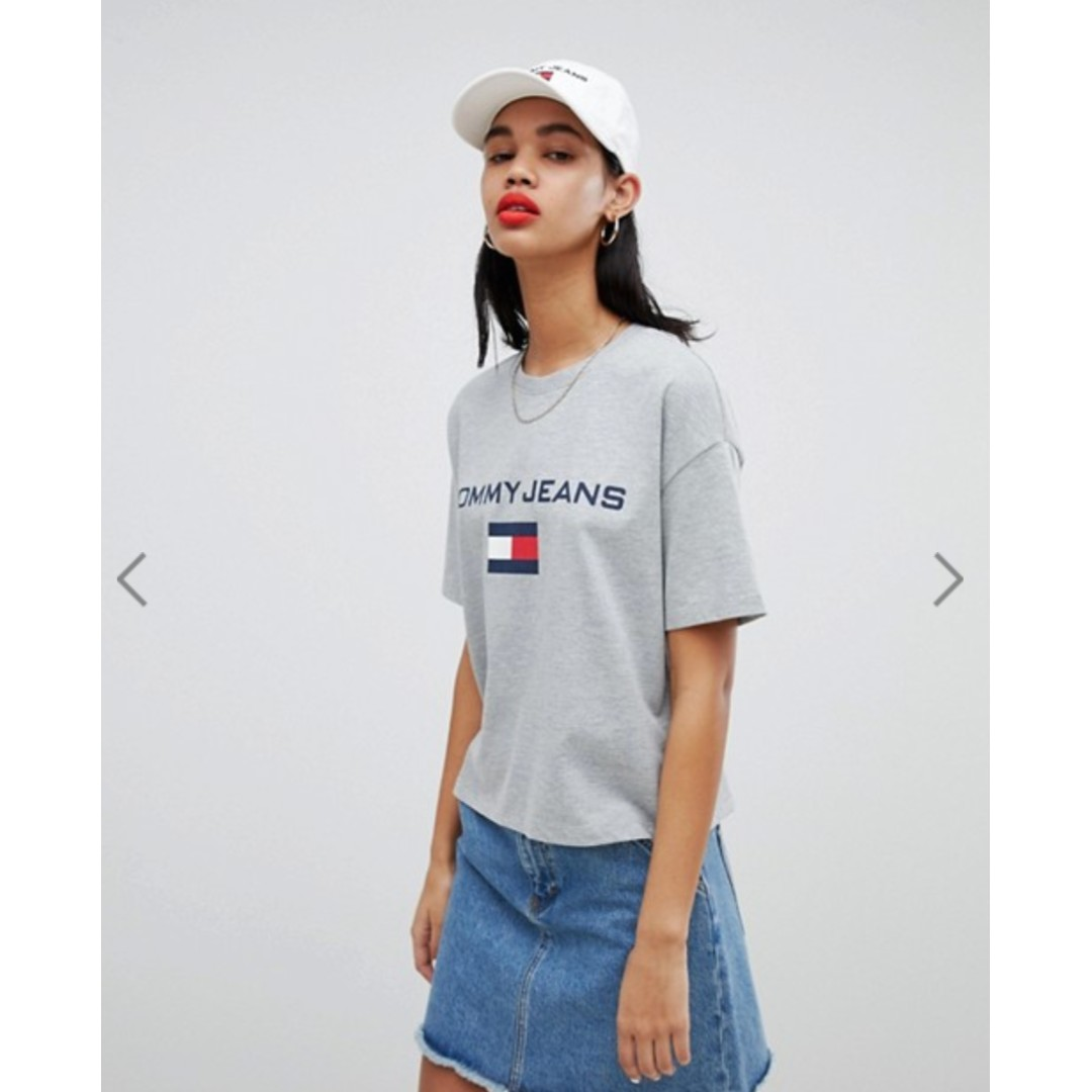 c7b64fda Tommy Jeans 90s Capsule 5.0 Logo T-Shirt, Women's Fashion, Clothes ...